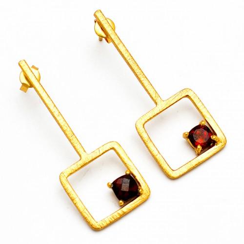 Handmade Designer Red Garnet Round Shape Gemstone Gold Plated Stud Earrings