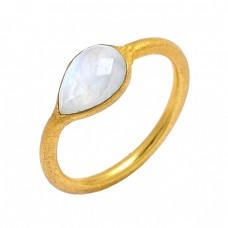 Pear Shape Rainbow Moonstone 925 Sterling Silver Gold Plated Ring Jewelry