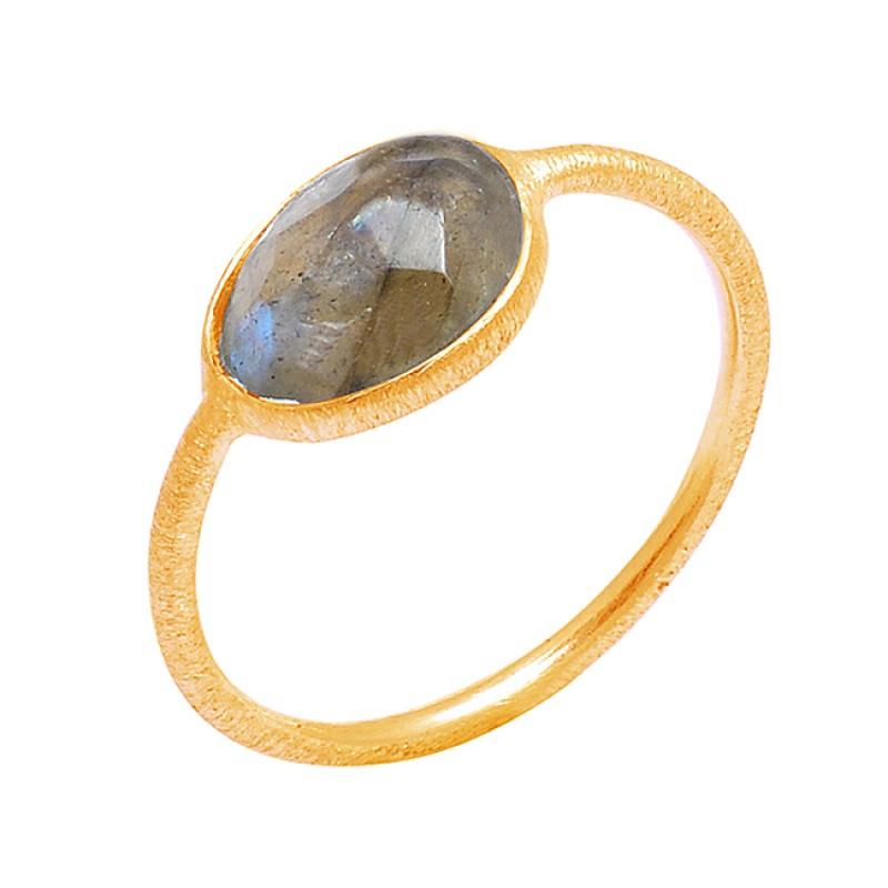 925 Sterling Silver Handcrafted Designer Labradorite Oval Shape Gemstone Ring