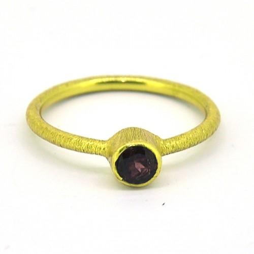 Garnet Round Shape Gemstone 925 Sterling Silver Gold Plated Ring Jewerly