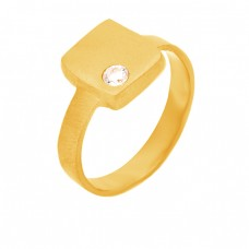 925 Sterling Silver Round Shape Cubic Zirconia Gemstone Gold Plated Ring