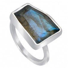 Fancy Shape Labradorite Gemstone 925 Sterling Silver Handcrafted Ring Jewelry